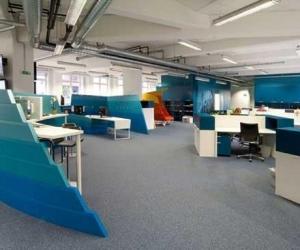 رنگ آبی در طراحی محیط